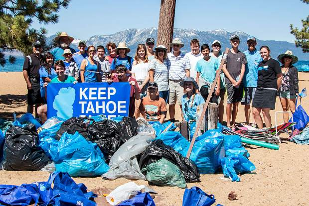 Tahoe beach litter cleanup crew